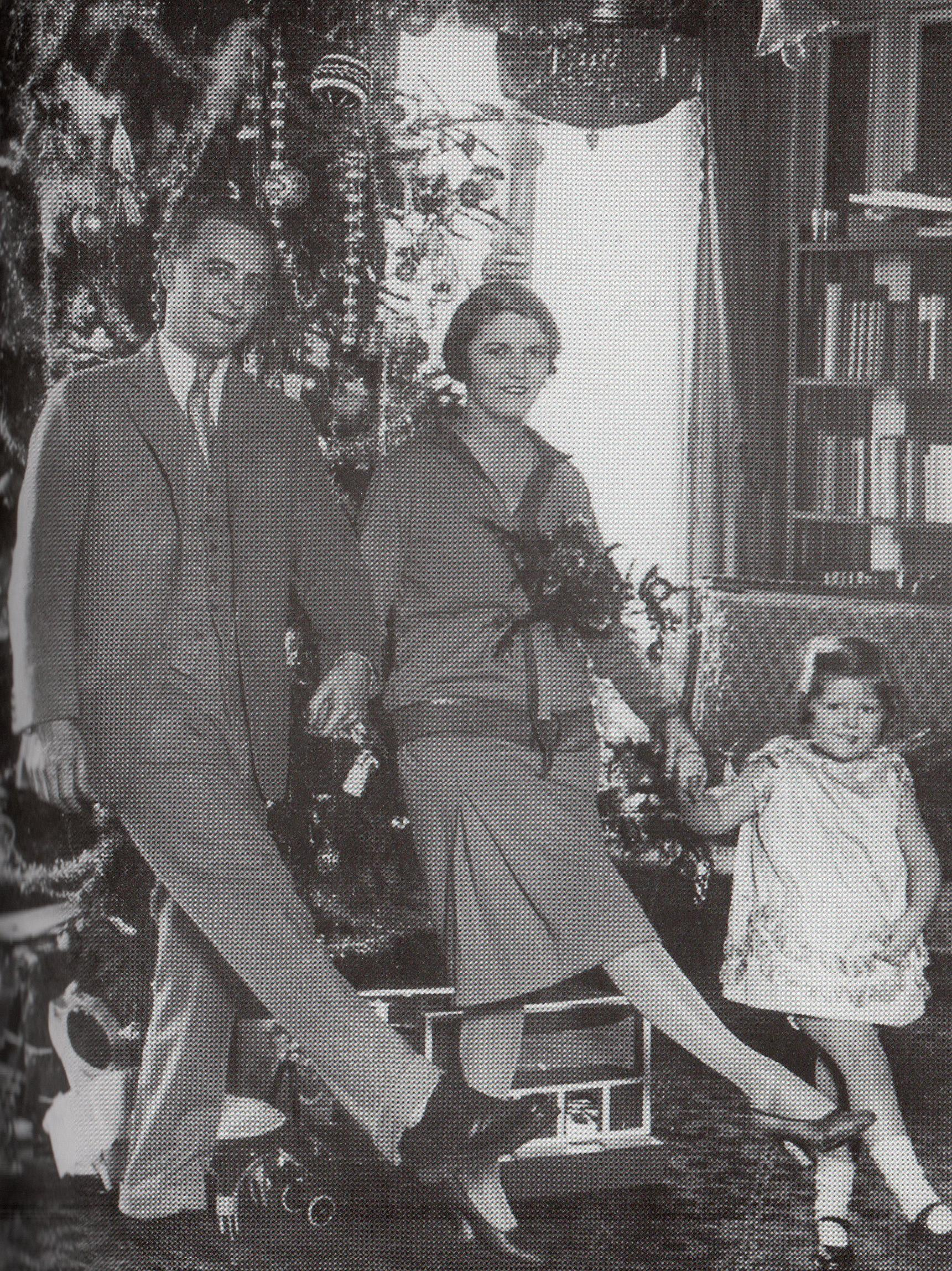 F Scott Fitzgerald Grandchildren This photo captured ou...